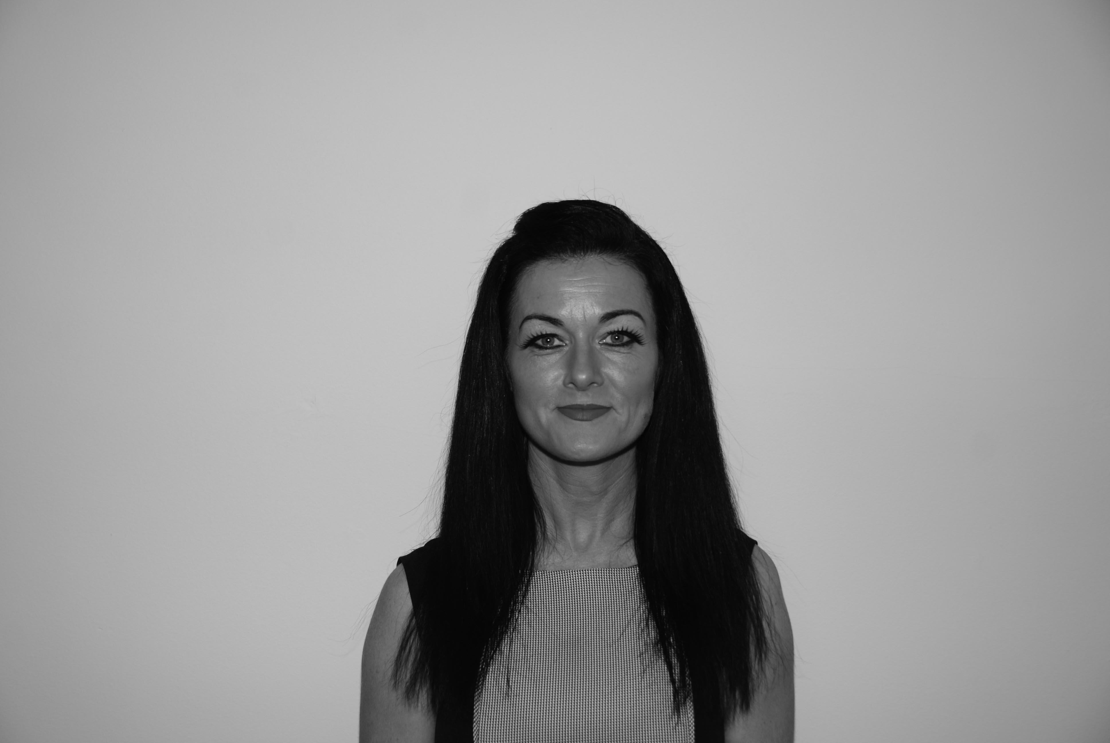 Wendy Farrell, Lettings